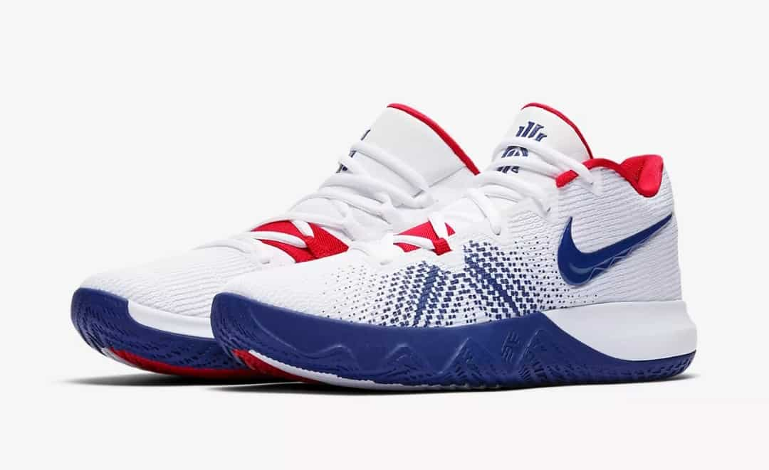 chaussure de volley ball nike