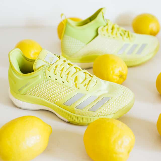 chaussures-volley-ball-adidas-crazyflight-x-2.0-2018-jaune