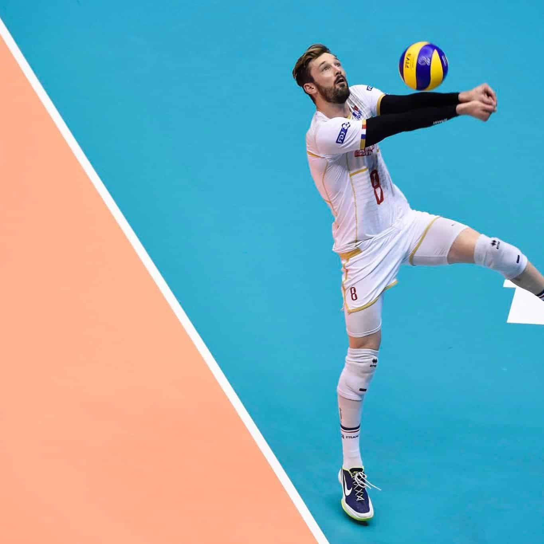 interview-volleypack-les-chaussures-de-julien-lyneel-nike-air-zoom-hyperattack-2