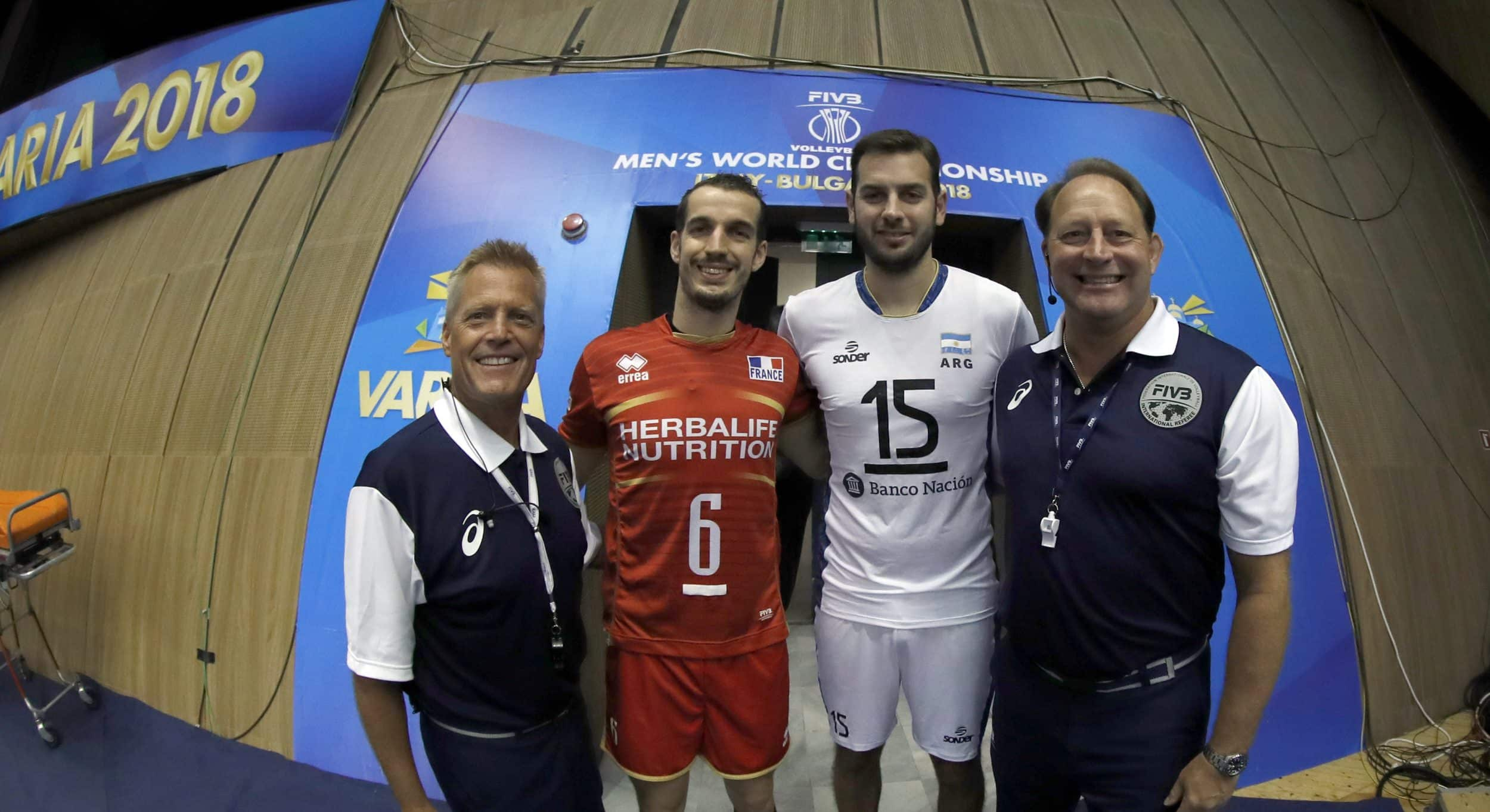 brassard-de-capitaine-volley-ball-règlement-ffvb-2018-2019-3
