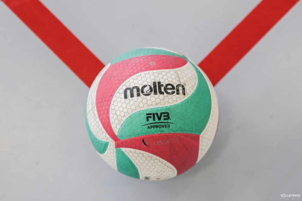 ballon-volley-ball-molten-V5M5000-volleypack-10