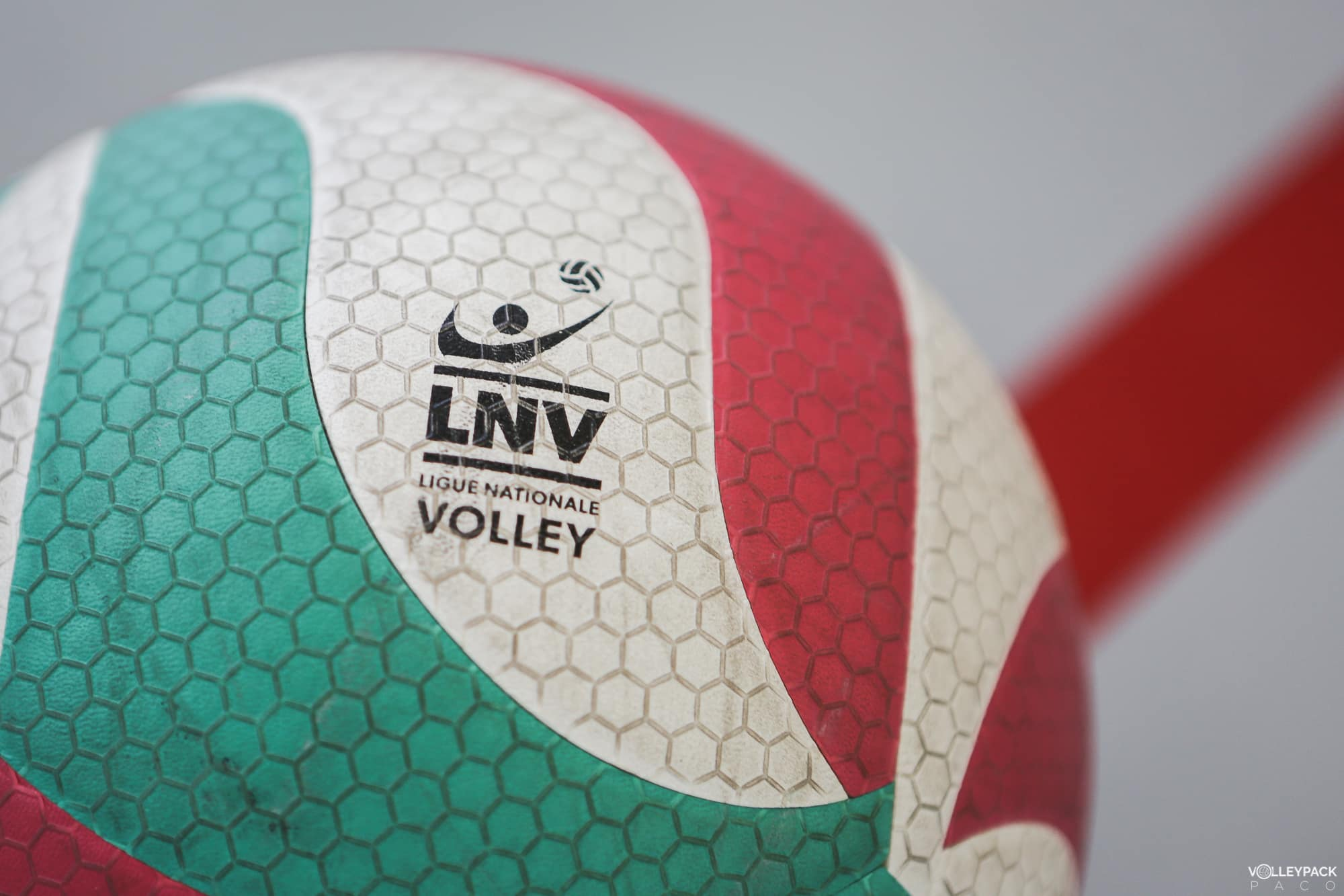 ballon-volley-ball-molten-V5M5000-volleypack-11