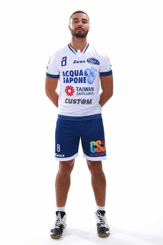 volleypack-focus-sur-swan-ngapeth-2019-1