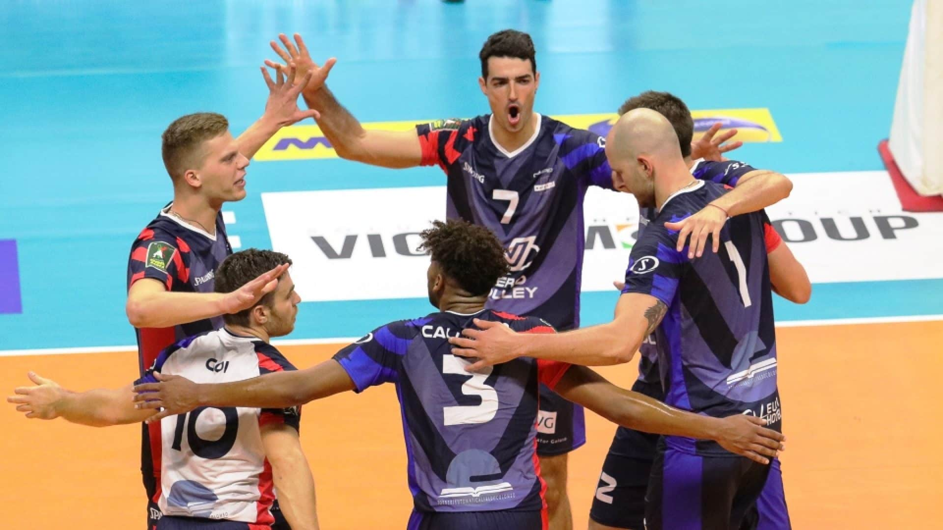 maillot-volley-serie-a-italienne-vero-volley-monza-spalding-2