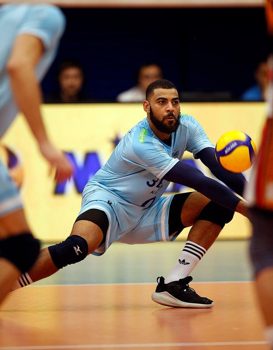 bootsmercato-earvin-ngapeth-chaussures-running-adidas-alphabounce-parley-5