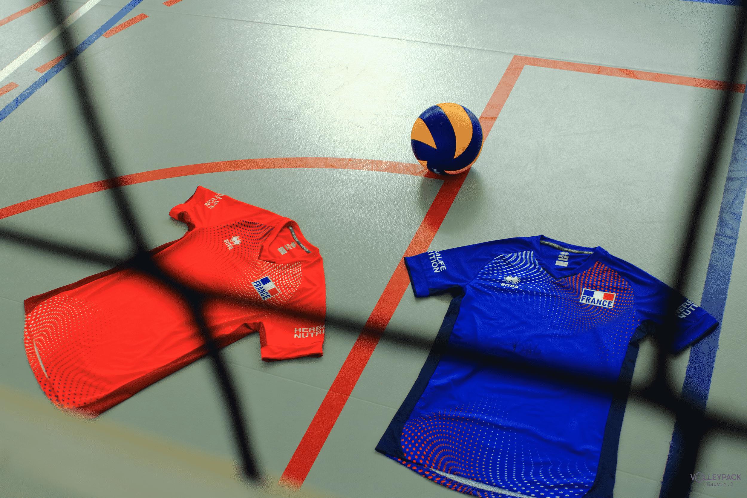 lacoste-ou-errea-quel-maillot-pour-lequipe-de-france-de-volley-aux-jo-2020-4