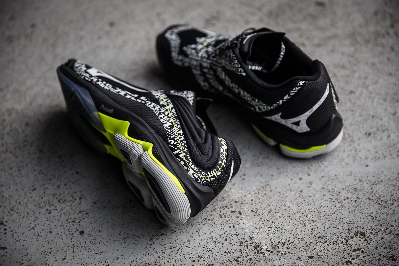 test-volleypack-chaussures-de-volley-mizuno-wave-lightning-Z6-2020-17
