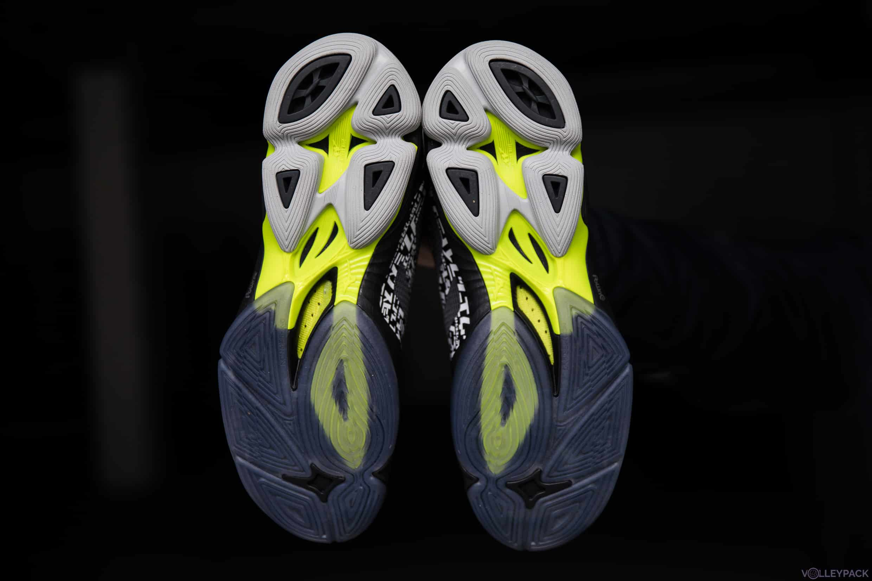 test-volleypack-chaussures-de-volley-mizuno-wave-lightning-Z6-2020-6