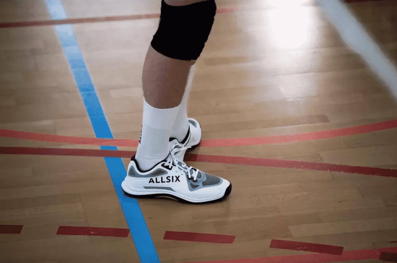 allsix-presente-ses-nouvelles-chaussures-de-volley-vs900-9